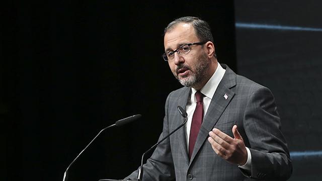 Bakan Kasapoğlu: Tüm Türkiyeyi ekran başına davet ediyorum