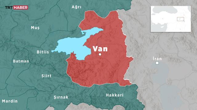 İranın Türkiye sınırında 4,2 büyüklüğünde deprem