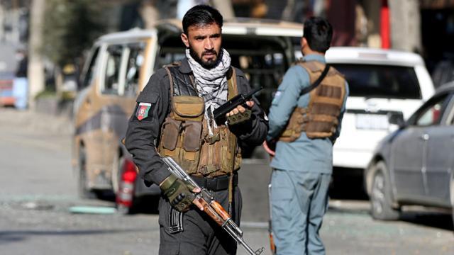 Afganistanda bombalı saldırı: 4 ölü