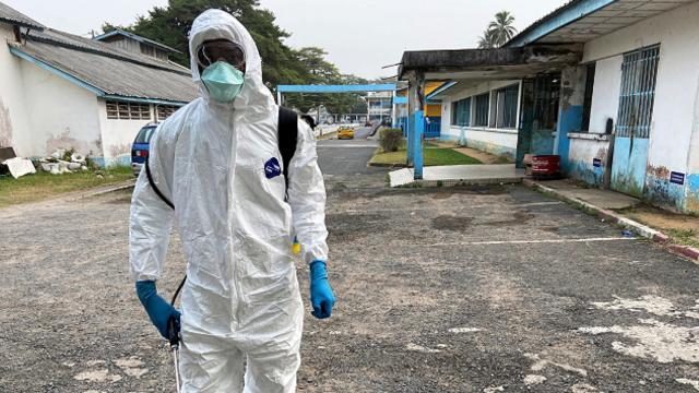 Afrikada koronavirüsten ölenlerin sayısı 99 bini aştı