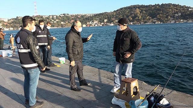 İstanbulda olta balıkçılarına koronavirüs denetimi