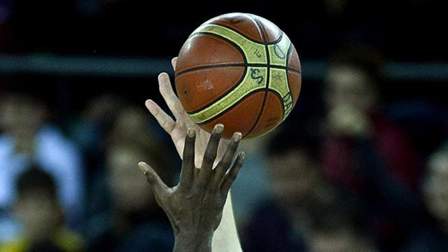 Basketbolda erteleme maçları oynanacak