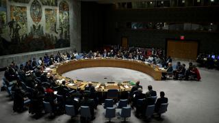 """BM, çatışma bölgelerine aşı sağlanabilmesi için """"insani ateşkes"""" kararı aldı"""