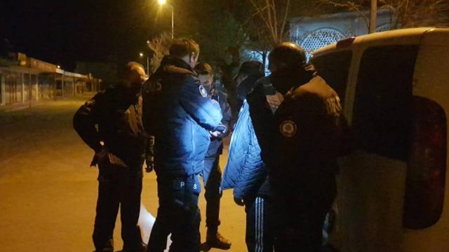 10 ayrı suçtan aranan kişi uygulama noktasında yakalandı