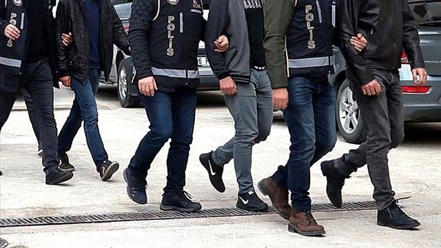 Antalyada zehir tacirlerine operasyon: 8 tutuklama