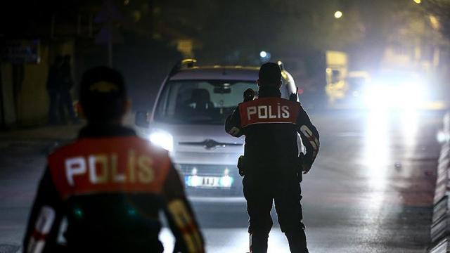 Adanada çeşitli suçlardan aranan 195 kişi yakalandı