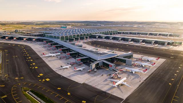 """İstanbul Havalimanına """"5 Yıldızlı Havalimanı"""" ödülü"""