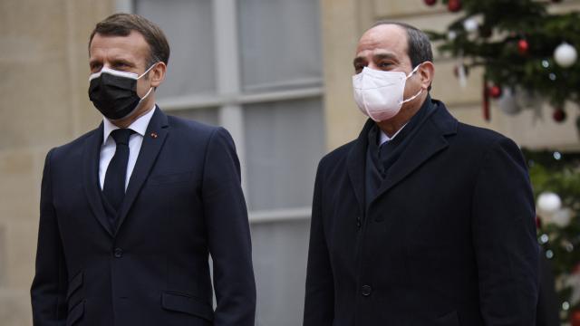 İtalyan gazeteciden Sisi tepkisi: Nişanı iade edeceğim