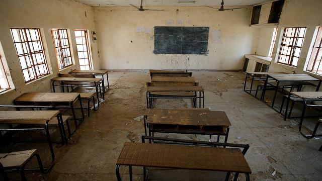 Nijeryada koronavirüs nedeniyle okullar kapatıldı