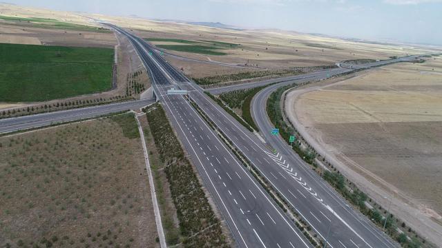 Ankara-Niğde Otoyolunun tamamı hizmete giriyor