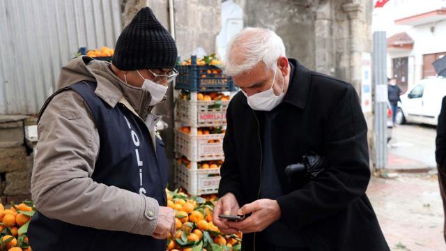 Sultanbeylideki pazar yerlerine koronavirüs denetimi
