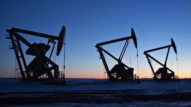 Brent petrolün varili 50,95 dolar