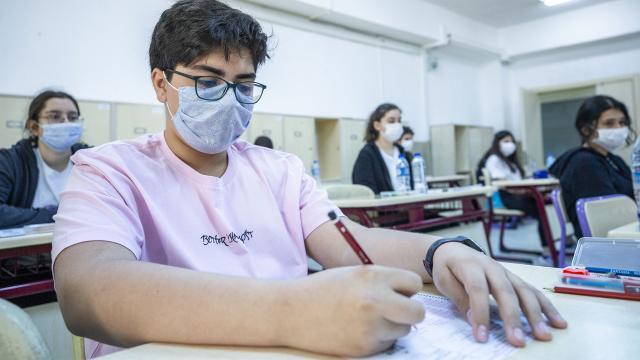 Okullarda sınav yapılacak mı 2020? İlkokul, ortaokul ve lisede sınavlar nasıl yapılacak?