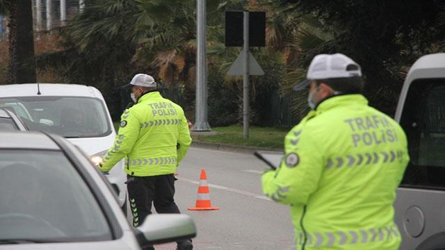 Hakkında hapis cezası bulunan FETÖcü trafik kontrolünde yakalandı