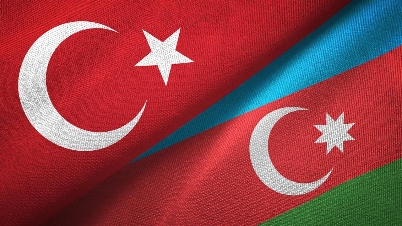 Azerbaycan'a tarihi ziyaret: Dünyaya mesaj verilecek