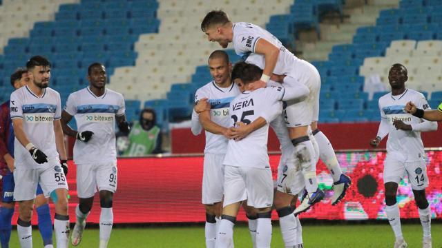 Adana Demirspor Trabzonsporu penaltılarla eledi