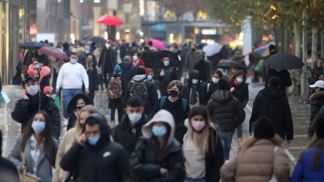 Alman iş insanlarından ekonominin yeniden açılması için baskı