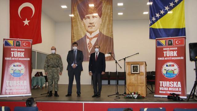 Türk askeri, Bosna Hersekte sinema ve konferans salonunu yeniledi