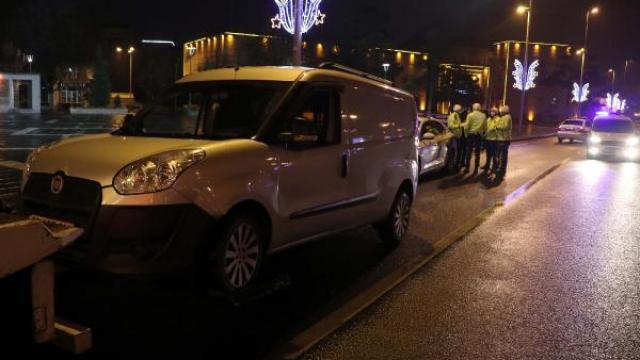 Kısıtlamayı ihlal eden ehliyetsiz sürücüye 8 bin 227 lira ceza kesildi