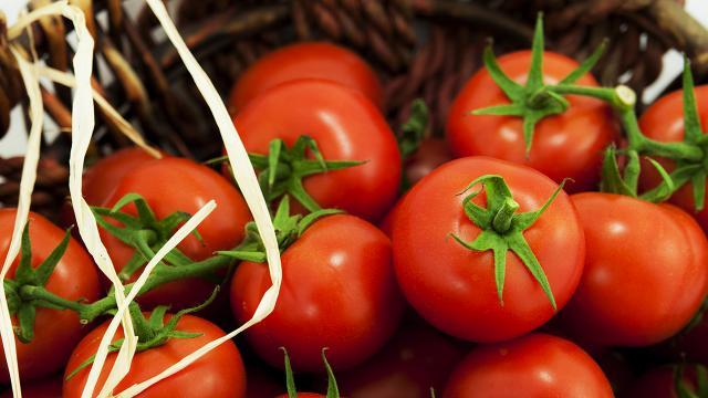 İstanbulda nisanda en çok domatesin fiyatı arttı