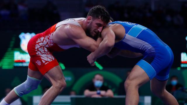 Milli güreşçi Haydar Yavuz finale çıktı