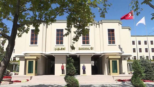 Gaziantepte iki belediye meclis üyesi görevinden uzaklaştırıldı