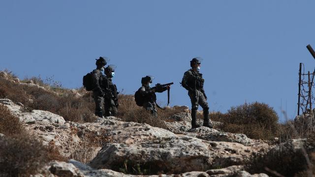 Batı Şeriada Filistinli çiftçilere saldırı