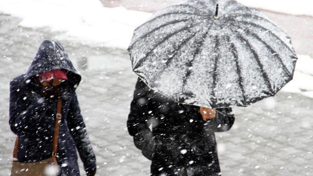 """Meteorolojiden """"kar, çığ, toz taşınımı"""" uyarısı"""