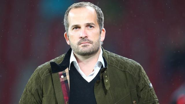 Schalke 04 Manuel Baumun görevine son verdi