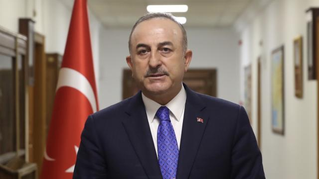 """Çavuşoğlundan """"Ermenistan"""" açıklaması: Darbelere karşıyız, şiddetle kınıyoruz"""