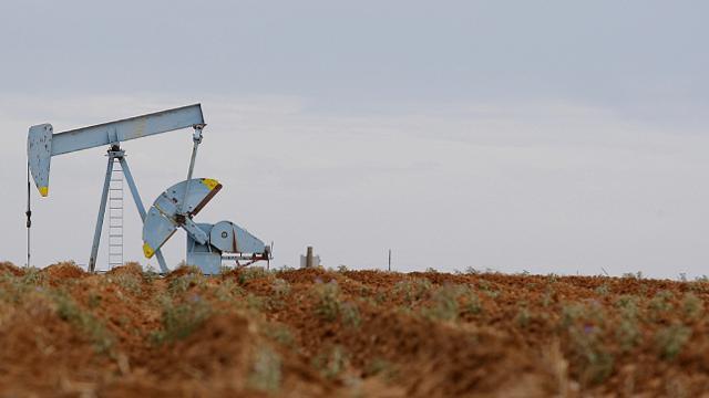 Brent petrolün varili 53,88 dolar