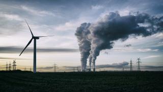 Pandemide fosil yakıt hisseleri dibe vurdu, temiz enerji kazandırdı