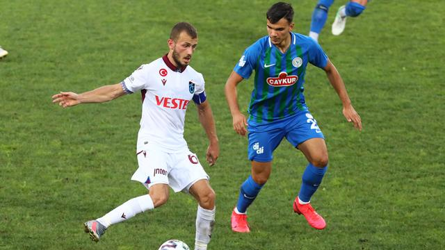 Trabzonspor ile Çaykur Rizespor 39. randevuda