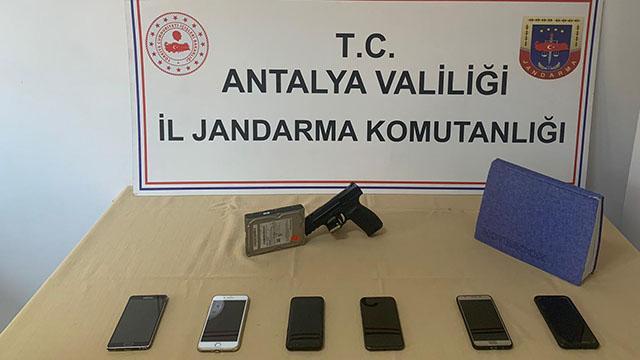 Antalyada yasa dışı bahis operasyonu: 6 gözaltı