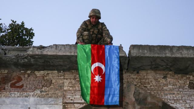 Azerbaycan, Dağlık Karabağda 2 bin 802 şehit verdi