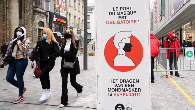 Belçikada restoranlar açık alanlara müşteri alabilecek
