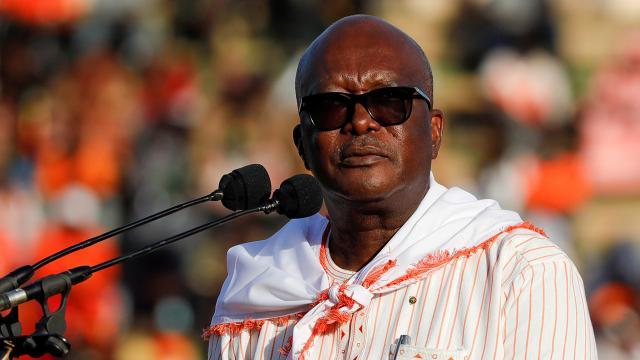 Burkina Fasonun yeni cumhurbaşkanı Christian Kabore oldu