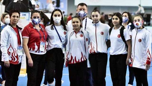Genç cimnastikçiler yeni hedeflere odaklandı
