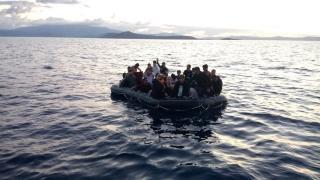 Yunanistan, 1450 düzensiz göçmenin Türkiye'ye gönderilmesini talep etti