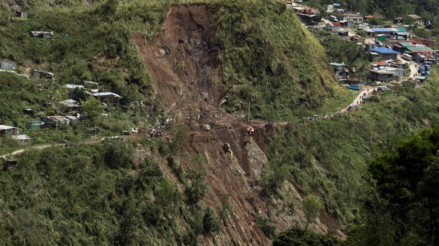 Filipinlerde sel ve heyelanlarda 8 kişi hayatını kaybetti