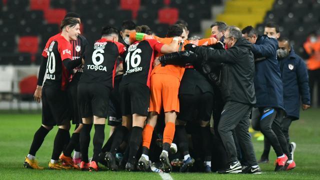 Gaziantep FK, İstanbul takımlarından 10 puan aldı