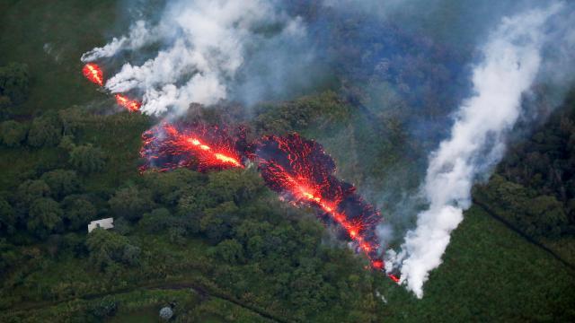 Hawaiideki Kilauea Yanardağı faaliyete geçti