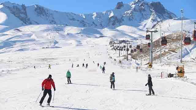 Erciyes Kayak Merkezinde yabancı turist yoğunluğu