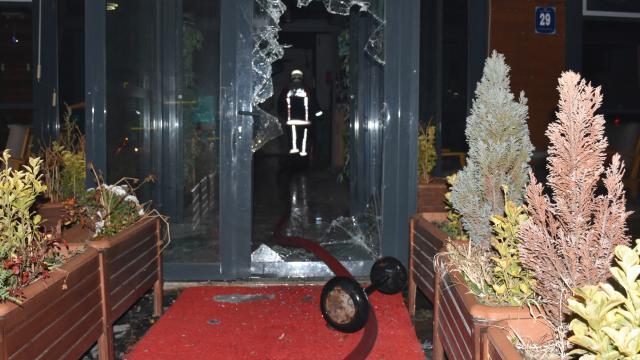 Ankarada bir kafe kundaklandı: 6 gözaltı