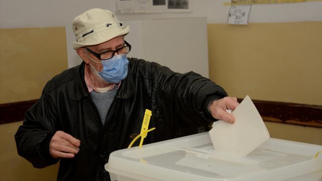 Dünyada 2020 seçimleri COVID-19 gölgesinde yapıldı