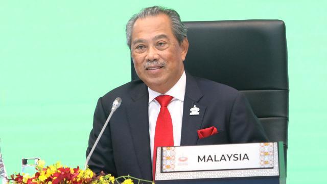 Malezya Başbakanı Muhyiddin: Aşıyı ilk yaptıranlardan olacağım