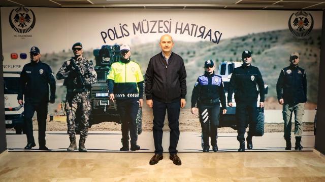 Bakan Soylu Polis Müzesini ziyaret etti