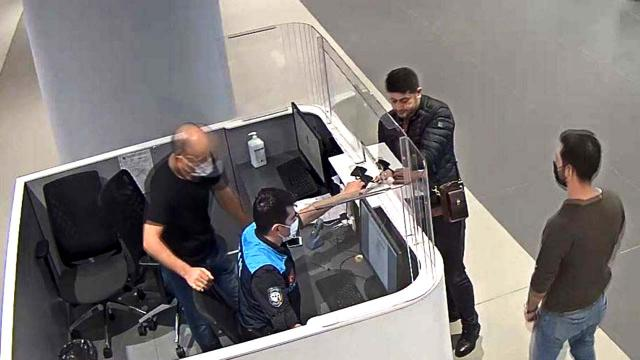 Terör örgütü üyeliğinden aranan şüpheli havalimanında yakalandı