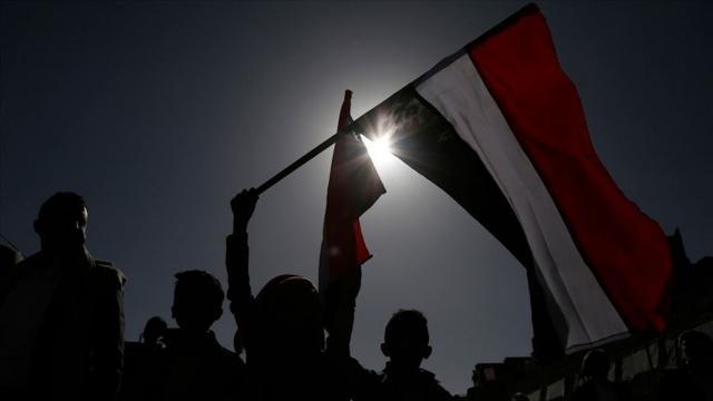 Yemenin Ebyen ilindeki aşiretler, BAE destekli milislerin il merkezinden çekilmesini istedi
