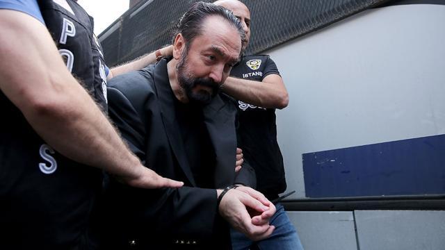 Son savunmasını yapan Adnan Oktar suçlamaları reddetti